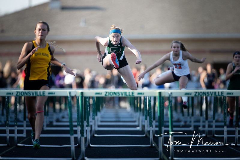 The fact her right leg is totally straight makes form an interesting image. For a photographer shooting hurdles is great, always a lot of good shots to be had.