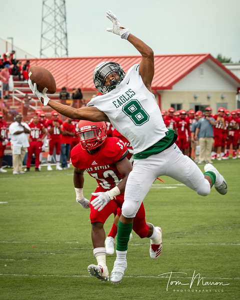 I had a couple of good shots of Tommy during this game vs Pike. I picked this one because it was simply a fantastic catch, something Tommy did for four years. He will be hard to replace.