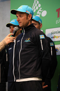 Michele Scarponi (Astana) Winner of the 1st Stage - Tragically died on April 22nd during training ride, accident with lorry. :-(  Rest in peace, Michele.