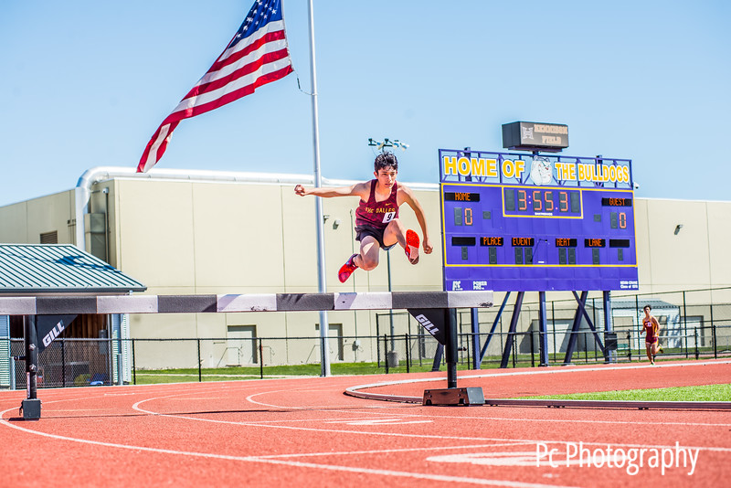 Kiwanis Twilight Invitational Steeple Chase