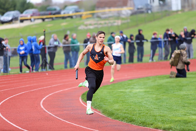 Ken Kadwell/@KenKadwell - Special to the Sun Chippewa Hills Invitational Friday, May 16, 2014.