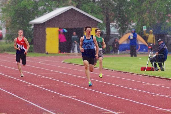 Kristian McCullough, 200m, semi final, Provincial High School track meet, Moose Jaw, Saskatchewan