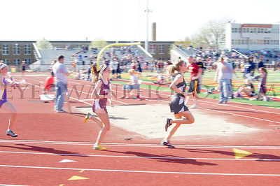 Dowling Track and field