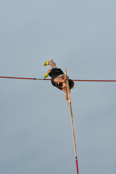 2018Boys Pole Vault Invitational-_DSC8012