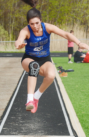 0503 all county track 32