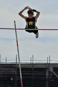 2018Boys Pole Vault Invitational-_DSC6641