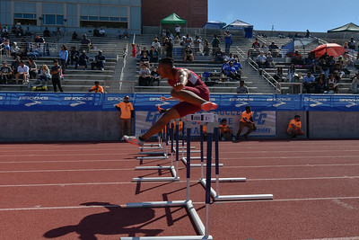 2018Boys Shuttle Hurdles Invitational-_DSC5297