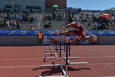 2018Boys Shuttle Hurdles Invitational-_DSC5296