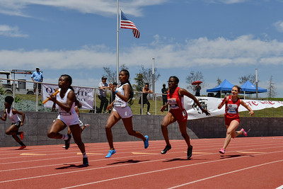 2018Girls 4x100m Invitational-_DSC6528