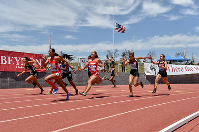 2018Girls 4x100m Seeded H1-_DSC6555