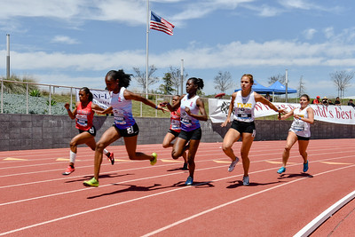 2018Girls 4x100m Seeded H2-_DSC6586