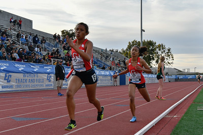 2018Girls 4x400m Seeded H2-_DSC0171