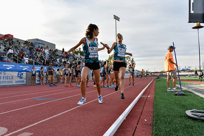 2018Girls 4x800m Invitaitonal-_DSC9161