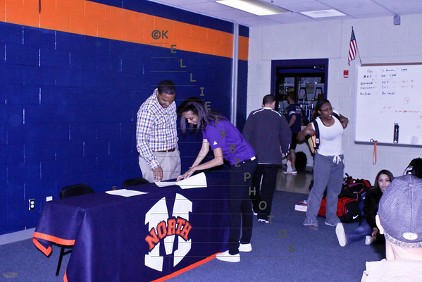 Track Signings 2013