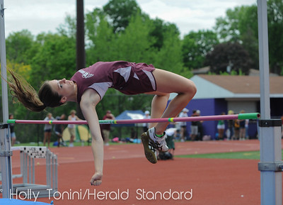 Uniontown's Nicole Bell easily makes her first attempt at the girls AAA high jump