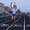 HSE cho 1st in the 3200m
