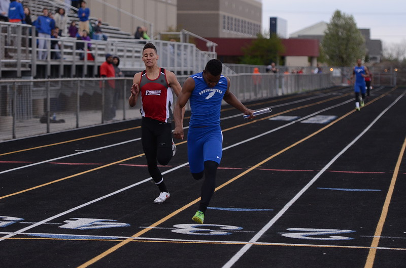 HSE 400m relay, 1st place