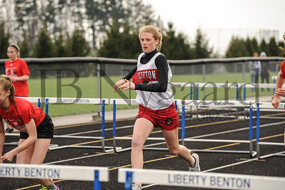 4-11-17 Bluffton JH track at LB-25