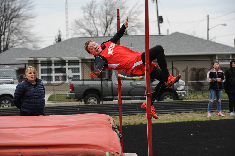 4-10-18 Bluffton JH track at Kenton-160