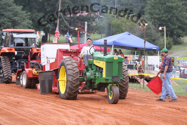 Tractor Pull in Mocksville NC, 2009. Photos by CardenCandids Photography