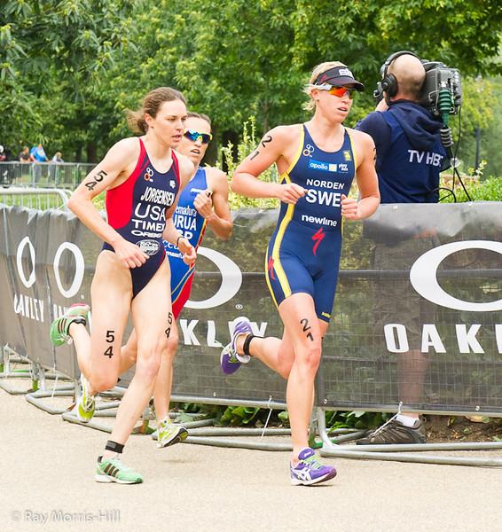 Silver Medal winner Gwen Jorgensen (USA) with Lisa Norden (SWE)