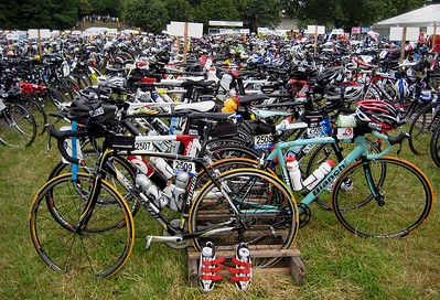 Early in the morning before the start of Quelle Challenge 2009. Need a bike?
