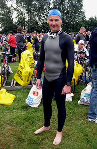 Swimmer Uwe before the start of the race.