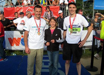 After the race 2009, swimmer Uwe and his daughter Edith and runner Thorsten.