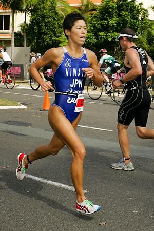 """Kiyomi Niwata - 2008 Noosa Triathlon, Noosa Heads, Sunshine Coast, Queensland, Australia. Photos by Des Thureson - <a href=""""http://disci.smugmug.com"""">http://disci.smugmug.com</a>"""