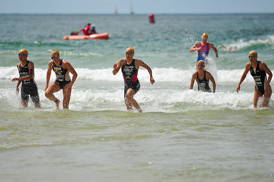 Kathy Tremblay, Ricarda Lisk - Mooloolaba Women's ITU World Cup, 28 March 2010 Photos by Des Thureson: http://disci.smugmug.com.