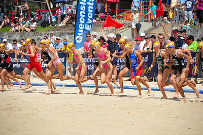 GO! - Mooloolaba Women's ITU World Cup, 28 March 2010. Photos by Des Thureson: http://disci.smugmug.com
