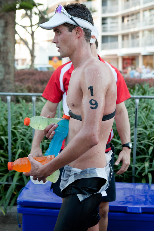 Anyone for Gatorade? - Mooloolaba Men's ITU World Cup Triathlon, 27 March 2010