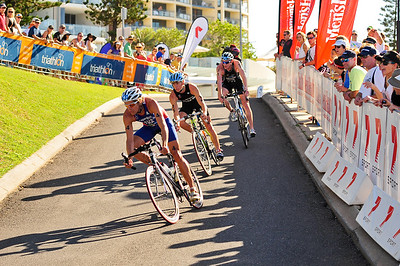 David Hauss, Josh McHugh, David Dellow - 2010 Mooloolaba Men's ITU World Cup Triathlon, Sunshine Coast, Queensland, Australia; 27 March 2010. Photos by Des Thureson.