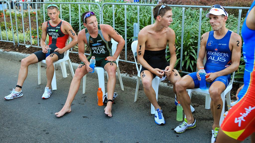 Relief, Rest - Marc Widmer, Sam Appleton, Josh McHugh, Courtney Atkinson - Mooloolaba Men's ITU World Cup Triathlon, 27 March 2010