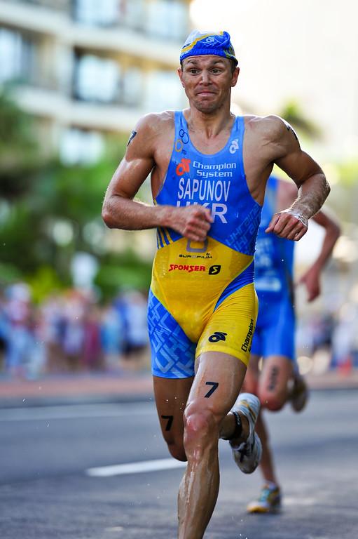 Danylo Sapunov (5th place) - Mooloolaba Men's ITU World Cup Triathlon, 27 March 2010