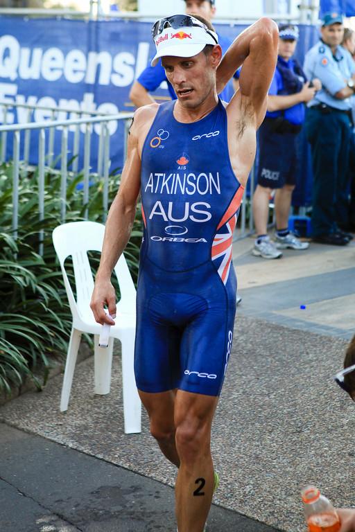 Relief, Rest - Courtney Atkinson - Mooloolaba Men's ITU World Cup Triathlon, 27 March 2010