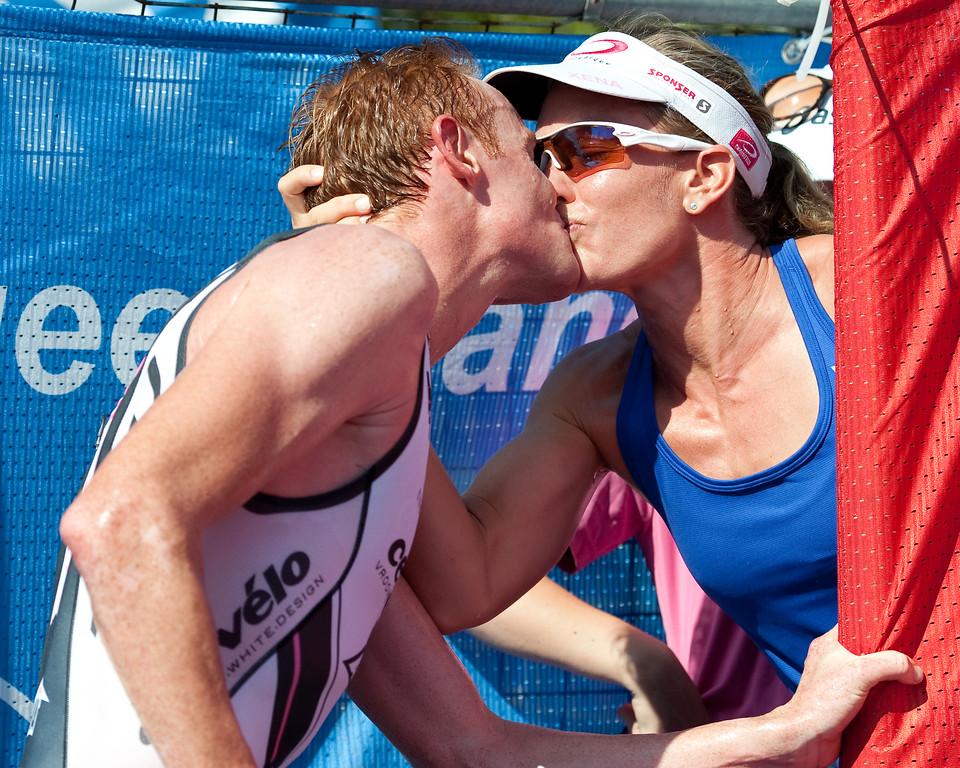 David Dellow, Caroline Steffen - 2011 Noosa Triathlon, Noosa Heads, Sunshine Coast, Queensland, Australia; 30 October 2011.