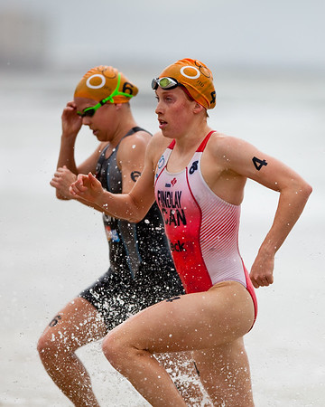 2011 Mooloolaba ITU Women's World Cup Triathlon. Photos by Des Thureson:  http://disci.smugmug.com