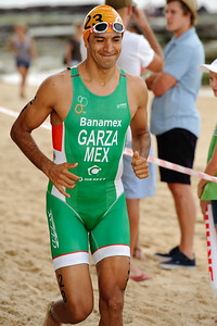 Arturo Garza, 2012 Subaru Mooloolaba Men's ITU Triathlon World Cup; Mooloolaba, Sunshine Coast, Queensland, Australia; 24 March 2012. Photos by Des Thureson - disci.smugmug.com.