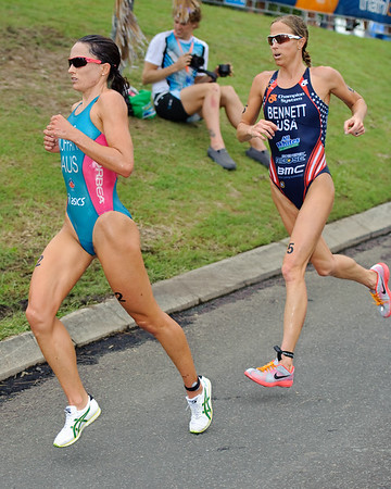 Emma Moffatt, Laura Bennett, 2012 Subaru Mooloolaba Women's ITU Triathlon World Cup; Mooloolaba, Sunshine Coast, Queensland, Australia; 25 March 2012. Photos by Des Thureson - disci.smugmug.com.