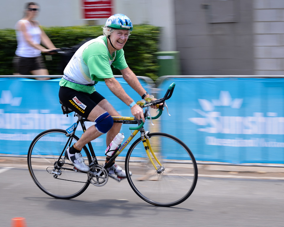 80 Year Old Markus Hanley - Bike Leg - 2012 Noosa Triathlon, Noosa Heads, Sunshine Coast, Queensland, Australia; 4 November 2012. Photos by Des Thureson. Camera 1.