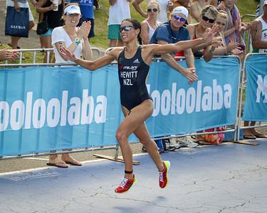 2013 Mooloolaba Women's ITU Triathlon World Cup, Sunshine Coast, Aust. Portfolio gallery by Des Thureson.