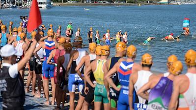 - Race Start / Swim Start - Subaru Mooloolaba Men's ITU Triathlon World Cup - Mooloolaba Multi Sport Festival Super Saturday, 15 March 2014 - Mooloolaba, Sunshine Coast, Queensland, Australia. Photos by Des Thureson - http://disci.smugmug.com - Camera 1.