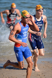 Simon Viain - Subaru Mooloolaba Men's ITU Triathlon World Cup - Mooloolaba Multi Sport Festival Super Saturday, 15 March 2014 - Mooloolaba, Sunshine Coast, Queensland, Australia. Photos by Des Thureson - http://disci.smugmug.com - Camera 1.