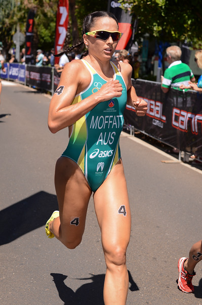 "Emma Moffatt - Subaru Mooloolaba Women's ITU Triathlon World Cup - Mooloolaba Multi Sport Festival Super Saturday, 15 March 2014 - Mooloolaba, Sunshine Coast, Queensland, Australia. Photos by Des Thureson - <a href=""http://disci.smugmug.com"">http://disci.smugmug.com</a> - Camera 1."