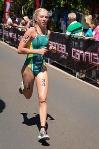 Jaz Hedgeland - Subaru Mooloolaba Women's ITU Triathlon World Cup - Mooloolaba Multi Sport Festival Super Saturday, 15 March 2014 - Mooloolaba, Sunshine Coast, Queensland, Australia. Photos by Des Thureson - http://disci.smugmug.com - Camera 1.