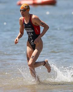 Gwen Jorgensen - Subaru Mooloolaba Women's ITU Triathlon World Cup -  Mooloolaba Multi Sport Festival Super Saturday, 15 March 2014. Camera 2 - Mooloolaba, Sunshine Coast, Queensland, Australia. Photos by Des Thureson - http://disci.smugmug.com