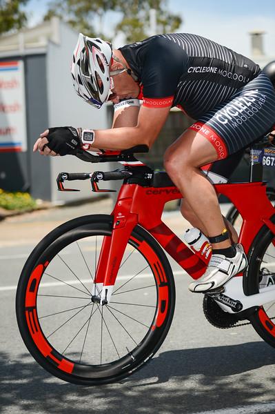 Bike Leg - 2015 Noosa Triathlon, Noosa Heads, Sunshine Coast, Queensland, Australia; 1 November. Camera 1. Photos by Des Thureson - disci.smugmug.com