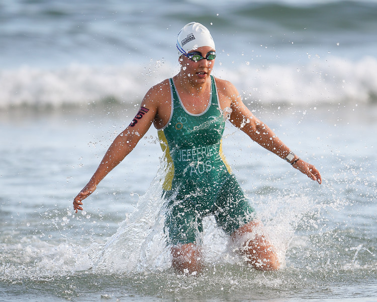 Annelise JEFFERIES - 2015 Noosa Triathlon, Noosa Heads, Sunshine Coast, Queensland, Australia; 1 November. Camera 2. Photos by Des Thureson - disci.smugmug.com