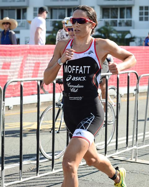 Emma Moffatt - Run Leg - 2015 Noosa Triathlon, Noosa Heads, Sunshine Coast, Queensland, Australia; 1 November. Camera 1. Photos by Des Thureson - disci.smugmug.com
